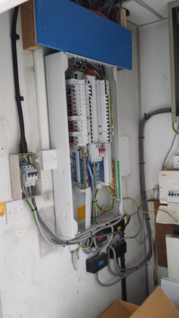 Commercial Electrical Installations 4
